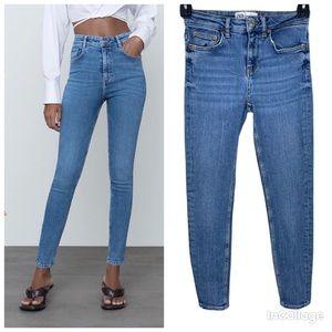 3/30$🔥 Zara Women blue washed out HI-RISE SCULPT Jeans size EUR 36 US 4